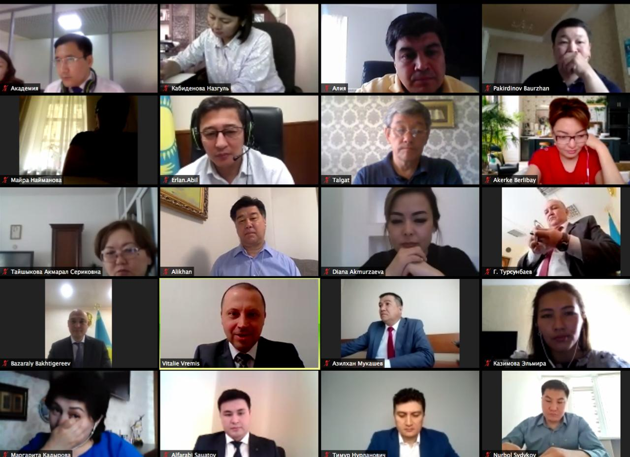 1,000 civil servants in Kazakhstan upgrade their digital and communication skills