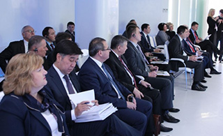 Alikhan Baimenov presented current trends in civil service reform at the Forum in Minsk